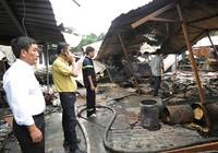 Cháy chợ dữ dội trong đêm, tiểu thương thiệt hại tiền tỉ