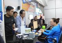 Hành khách dễ dàng mua vé tàu tết tại ga Sài Gòn