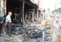 Cháy cửa hàng sữa, nhiều hàng hóa bị thiêu rụi