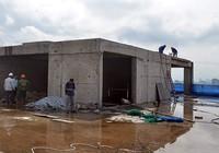 Chính thức 'cắt ngọn' tòa nhà 8B Lê Trực