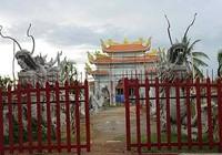 Không có chuyện Hoài Linh bị dỡ nhà thờ tổ sân khấu