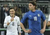 Đức 'đè bẹp' Ý, Anh 'phơi áo' trước Hà Lan