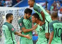 Ronaldo lập cú đúp, Bồ Đào Nha chật vật vào vòng 1/8