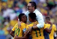 'Chơi tennis' trước Honduras, Brazil hẹn Đức ở chung kết Olympic