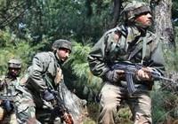 4 tay súng sát hại 17 binh sĩ