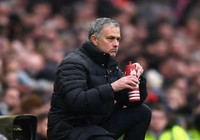 Mourinho đau khổ vì cầu thủ MU