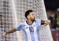 Messi giải cứu Argentina, Brazil thẳng tiến