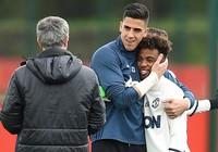 Mourinho gọi 10 sao trẻ MU đá trận cuối, FA sẽ phạt?