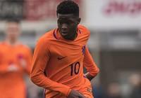 Đánh bại MU, Chelsea có sao trẻ Ajax