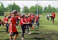 Học bóng đá cùng Quang Hải và các cầu thủ CLB Hà Nội