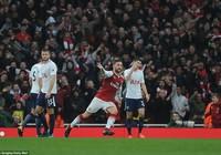 Arsenal – Tottenham (2-0): 'Cú đấm' phút cuối