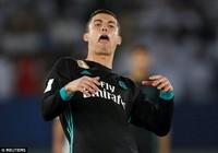 Câu chuyện Ronaldo: Đi không được, ở không xong