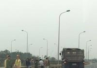 Chiến sĩ CSGT bị xe tải tông vẫn chưa hết nguy kịch