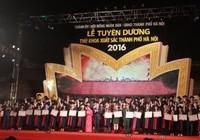 Hà Nội: Tuyên dương 100 thủ khoa xuất sắc