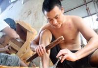 Độc đáo với nghề tạc tượng thờ ở Thanh Oai