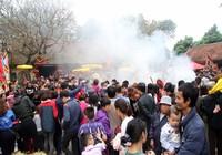 Toát mồ hôi với lễ hội thổi cơm Thị Cấm