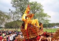 Độc đáo lễ hội rước vua, chúa ở đền Sái
