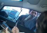 Công an xác minh clip 'bị ô tô tông để xin đểu'