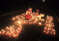 Nhà đại tướng Võ Nguyên Giáp lung linh nến đêm 27-7
