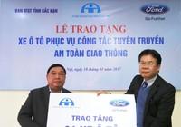 Ford Việt Nam tặng xe Ford Transit cho Bắc Cạn