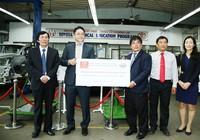 Toyota tặng xe, thiết bị kỹ thuật cho các trường ĐH-CĐ