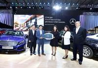 Bàn giao 25 xe E-Class và S-Class cho Bali Limousine