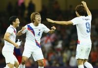Bán kết U-23 châu Á: Đông - Tây hội ngộ