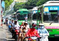 Nhiều tuyến xe buýt tạm thay đổi lộ trình trong ngày 30-4