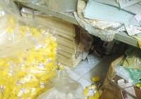 'Đột kích' điểm sản xuất thực phẩm chức năng để chung với mền gối