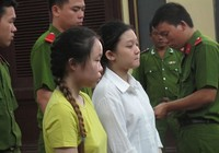 Nữ phạm nhân người Malaysia cùng con nhỏ được thả trước lễ
