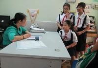 Trường không giới thiệu nơi đăng ký khám chữa bệnh ban đầu cho HS