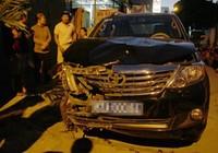 Viện trưởng Viện kiểm sát lái xe tông người liên tiếp rồi chạy trốn