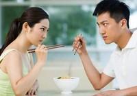 Hóa giải tranh cãi vợ chồng trong ngày Tết