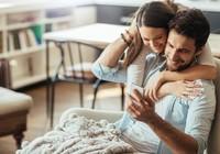 Mách nhỏ mẹo giữ lửa cho vợ chồng bận rộn