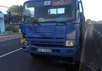 Xe tải tông xe mô tô, 2 người thiệt mạng
