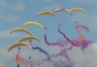 'Khiêu vũ trên mây' tại Triển lãm Hàng không quốc tế