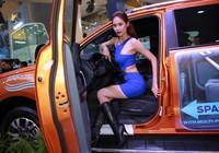 Thị trường ô tô lao dốc vì người Việt chờ sang năm 2018