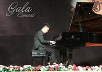 Từ trẻ tự kỷ thành tài năng piano