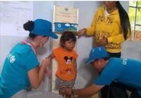 Ca sĩ Katy Perry đến với trẻ em Ninh Thuận