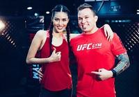Lan Khuê 'đấu' võ với vô địch MMA