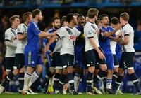 Sốc khi Tottenham và Chelsea bị phạt hơn nửa triệu bảng Anh