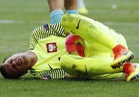 Thủ môn số 1 của Ba Lan vắng trận gặp Đức
