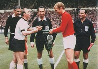 50 năm bàn thắng 'ma' của Geoff Hurst, người Đức vẫn cay cú