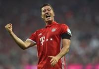 Lewandowski lập hat trick, Bayern Munich 'chơi tennis' với Werder Bremen