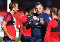 HLV tuyển Anh chơi chiêu để thoát 'gạch đá'?
