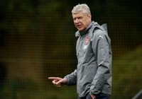 Liên đoàn Bóng đá Anh đang chờ… giáo sư