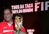 Thế giới tiếc thương huyền thoại bóng đá Brazil