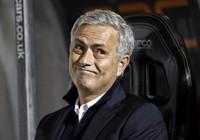 Mourinho: 'Sang Trung Quốc ư? Chờ tôi già đã'