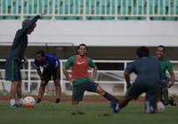 Sao trẻ Ajax chính thức khoác áo đội tuyển Indonesia