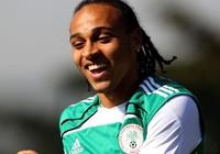 Ghen tỵ với Essien, cựu sao ngoại hạng Anh phá hợp đồng